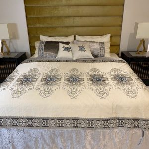 Annie's Decor The Vintage Bedding Set