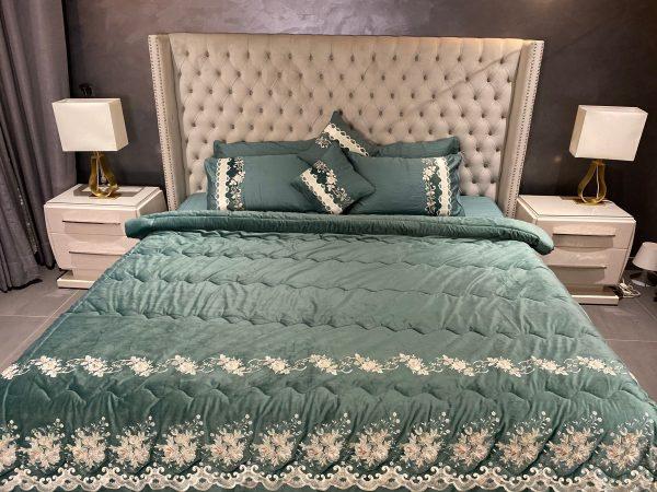 Annie's Teal Green Velvet Bedding Set