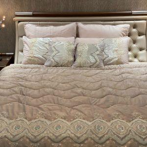 Annie's Decor Pale Pink Bedding Set