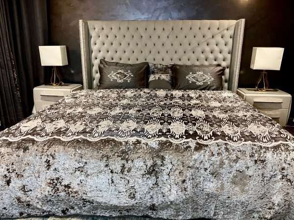 Annie's Ablaze Charcoal Bedding Set